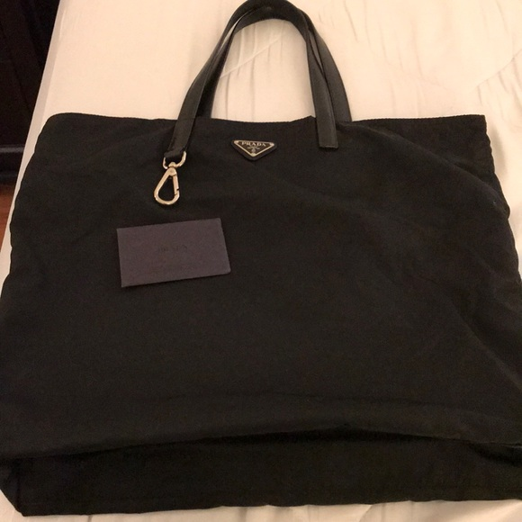 4f1b89be8ec8 Black Prada Nylon Saffiano Tote Bag